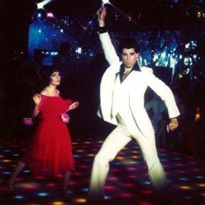 travolta_disco-saturday-night-fever